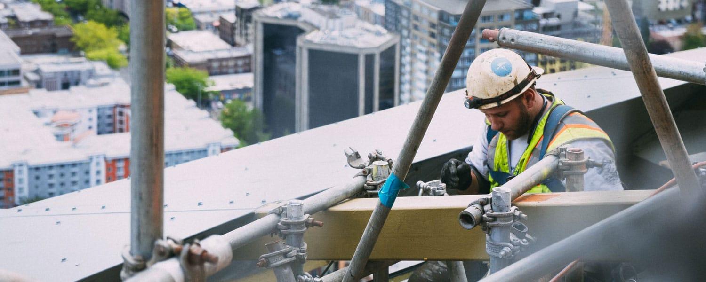 muncitor-constructii